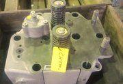 Deutz 545 diverse onderdelen voor cilinderkop - Cilinderkop Deutz 545