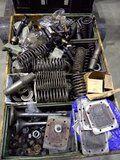 Deutz 545 Recon koelwaterklep plunjerpomp - Deutz 545 diverse onderdelen voor cilinderkop