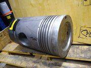 Deutz 545 diverse onderdelen voor cilinderkop - Deutz 545 Zuiger