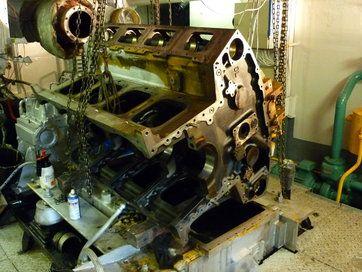 Scheepsmotoren - Reviseren scheepsmotoren