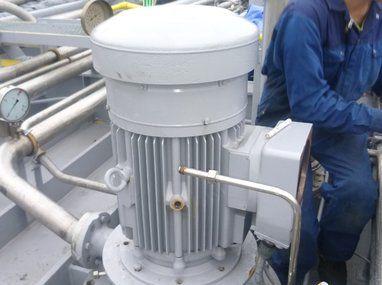 """Compressoren en pompen - """"Deep Well' pompen"""