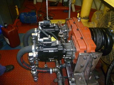 Hydrogenerator - Hydrogenerator aangesloten op Caterpillar 3512